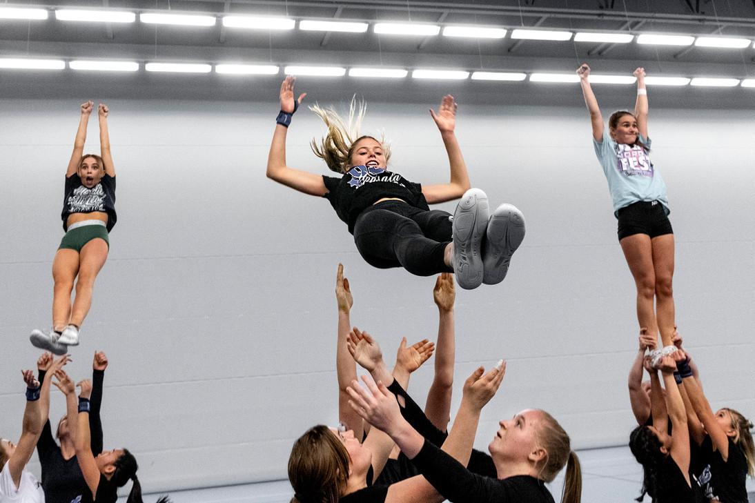 USC tränar cheerleading, UNT 2019.