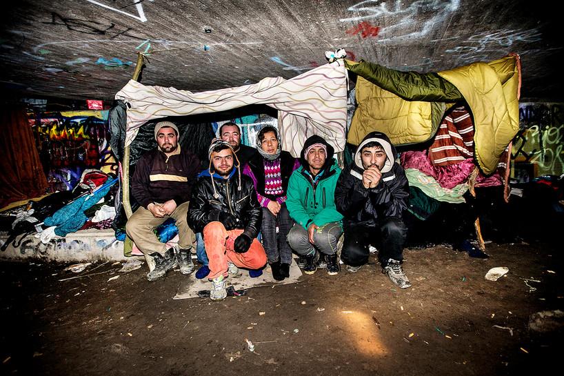 Rumäner bor under Luthagsledens bro över Fyrisån, UNT 2015.