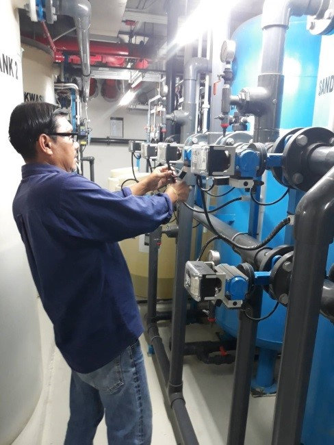 Inspection system performance to ensure that system run at maximum efficiency