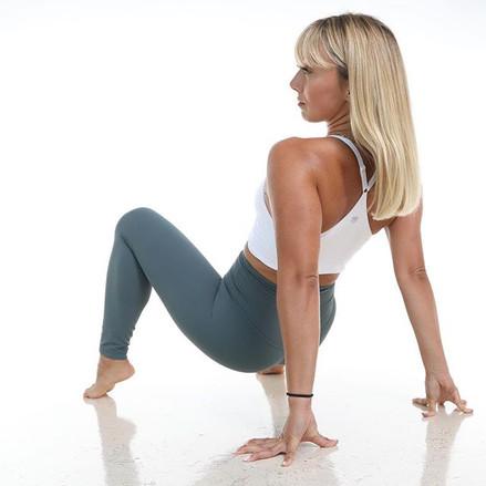 iambraga-yoga-fitness-photography-005.jp