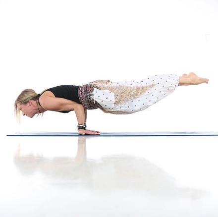 iambraga-yoga-fitness-photography-001.jp