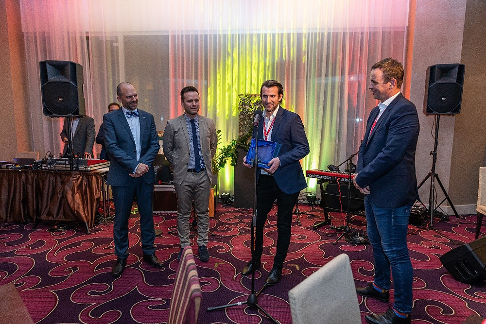 Cena prínos v oblasti BIM na Slovensku pre YIT - zľava Michal Pasiar, Tomáš Funtík,Viktor Mikus, Peter Dovala