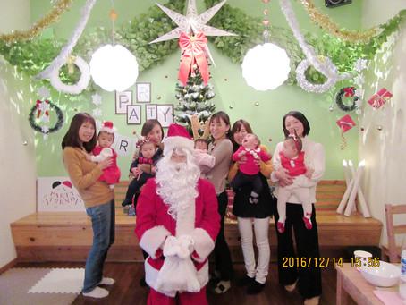 加古川でママ友と赤ちゃん貸切クリスマスパーティー!!サンタさん登場!!