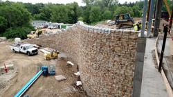 Large-Block Retaining Walls