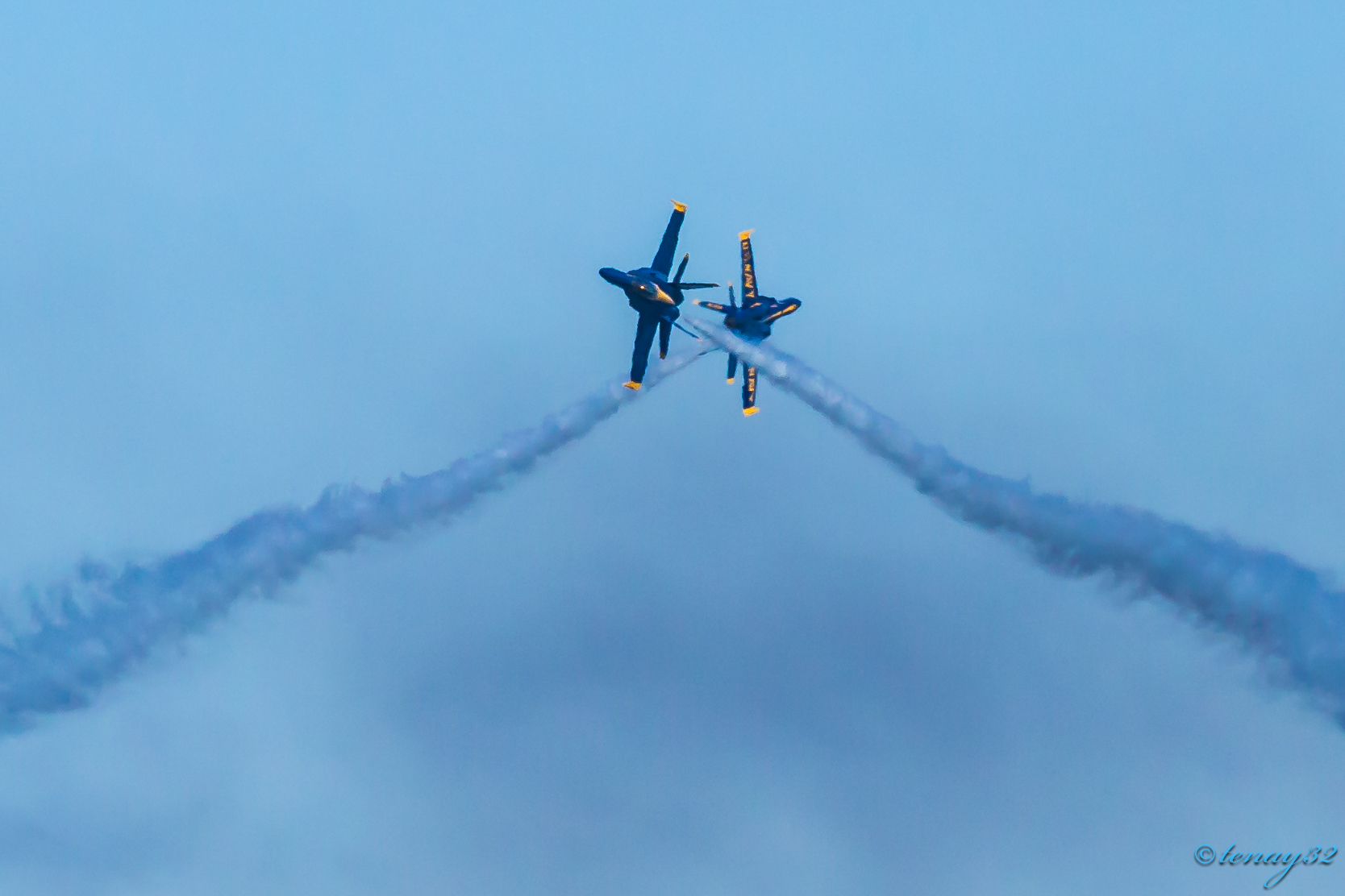 Blue Angels Kiss SF Fleet Week