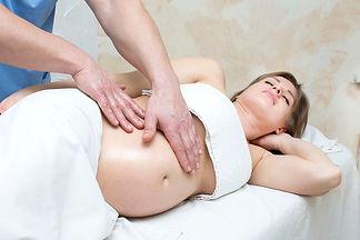 massage femme enceinte 1.jpg