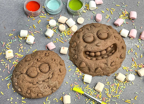 Chocolate Crumbs and Chip - Hot Chocolate Paint 'n' Create Set