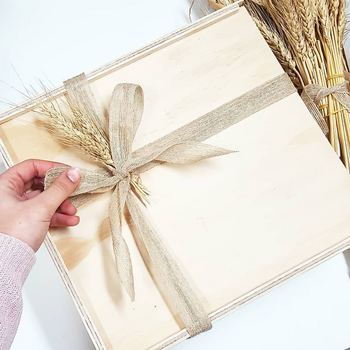 Put your products in our Keepsake box