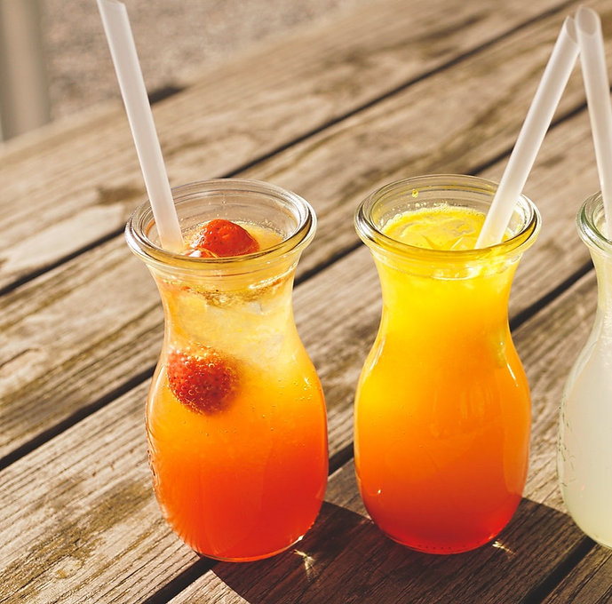 three-assorted-fruit-juice-in-glasses-12
