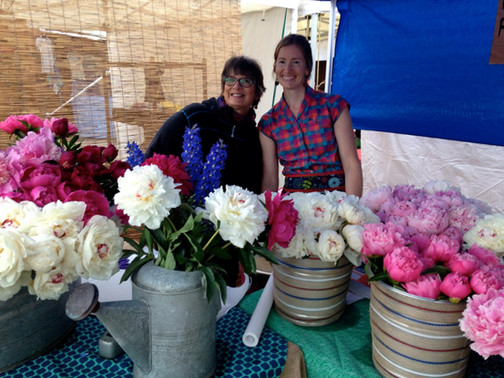 Hilma and Naomi at the Farmer's Market