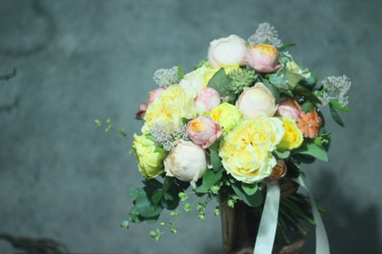4種のバラのブーケ