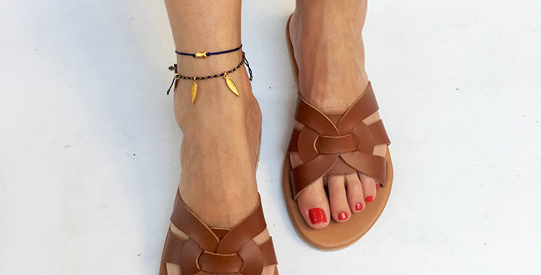 The O sandal