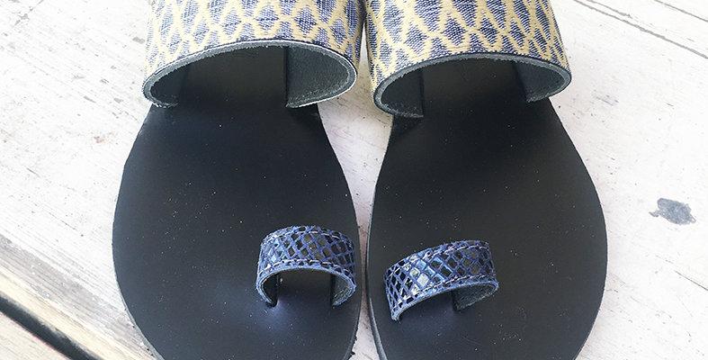 The Rhombus blue black sandal