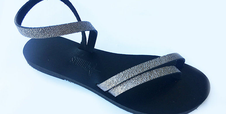 The Delphine sandal - Cracked Anthracite