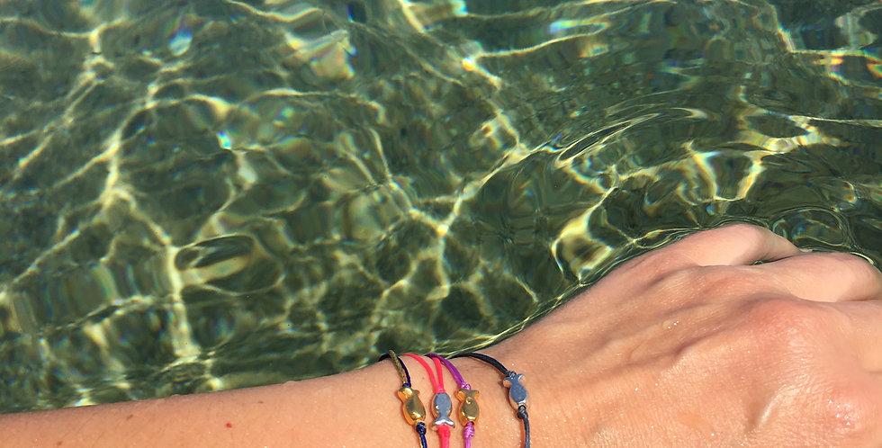 A fish bracelet/anklet