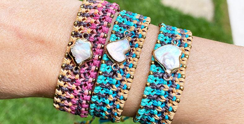 Pearl Weaved Eye Bracelet