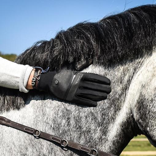 Les gants d'équitation Racer débarquent sur demivolte.fr