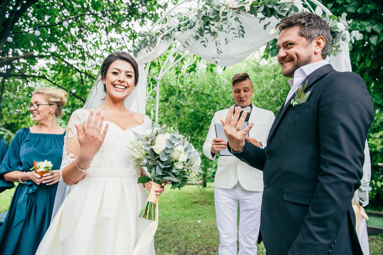 В мае тоже женятся!