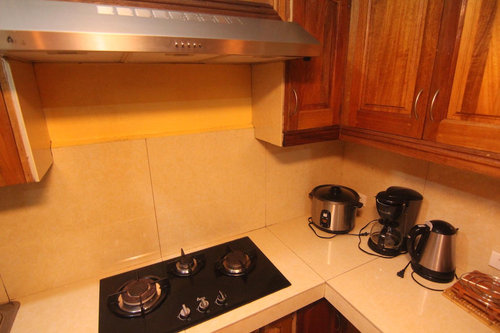 kitchenapt2
