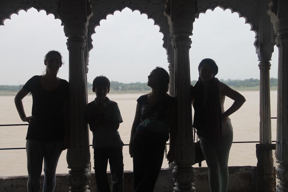 Varanasi, entre la vida y la muerte, viajar, india, mujeres, reflexiones, espiritualismo, casas antiguas