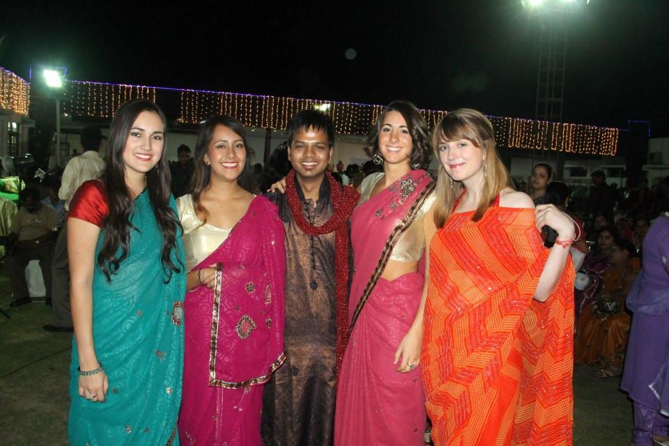 casamiento indio, india, usar sari, vivir en india, amigos indios