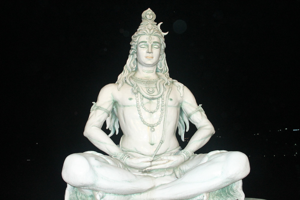 Shiva, estatua de shiva, rishikesh, india, meditacion, yoga, capital de yoga, espiritualismo