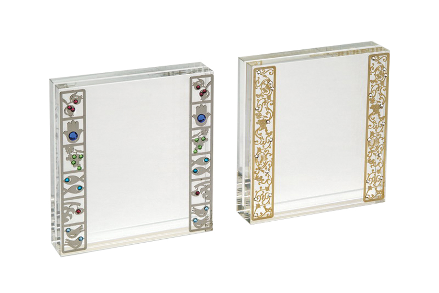 25.CRYSTAL PICTURE FRAME