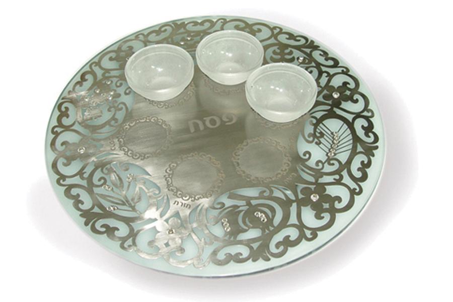7.ROUND CRYSTAL PASSOVER PLATE