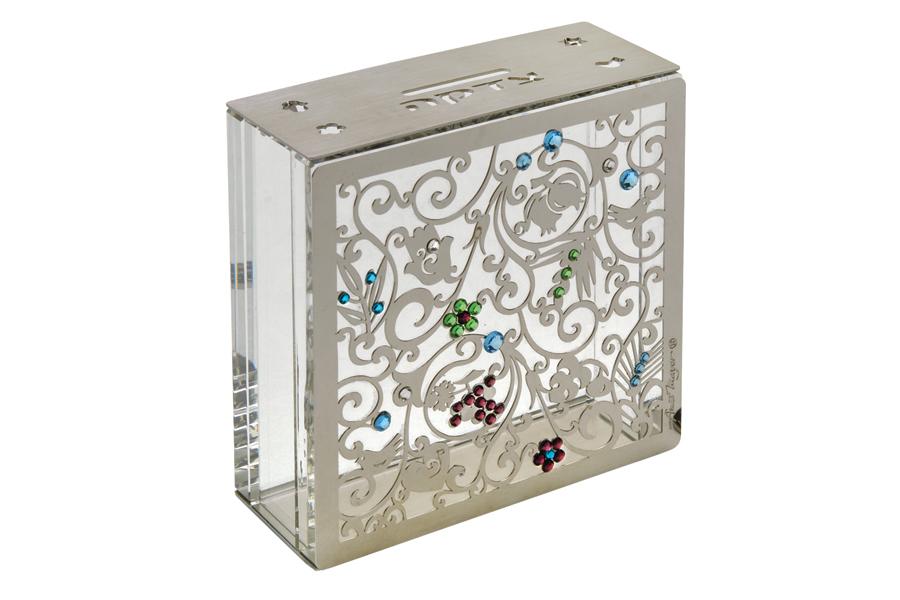13.CRYSTAL TZEDAKAH BOX