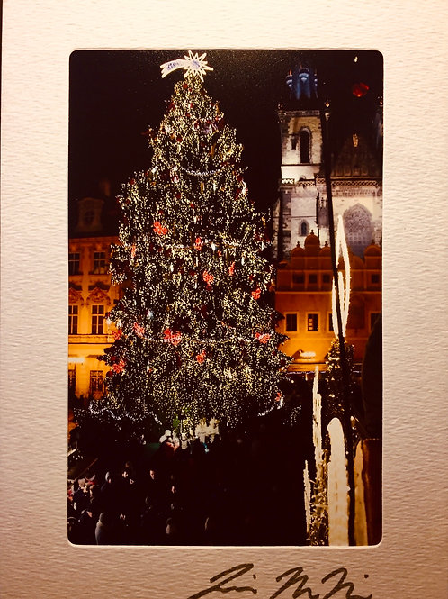 C-3055 Prague Christmas Tree & Church