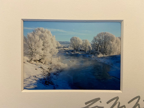 MM-2733 Icy River-Blue Christmas Wyoming