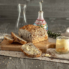 Isabelle - spelt & seeds bread