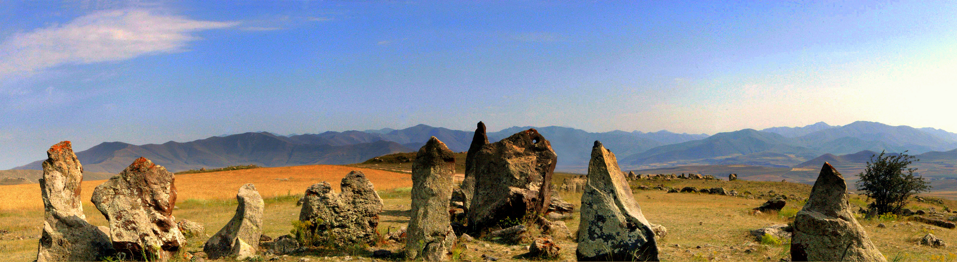 Panorama of Zorac Karer (Karahunj)
