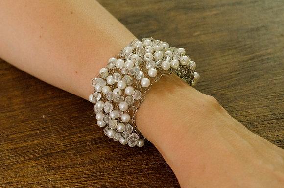 Bracelete Crochê de Arame com Pérolas