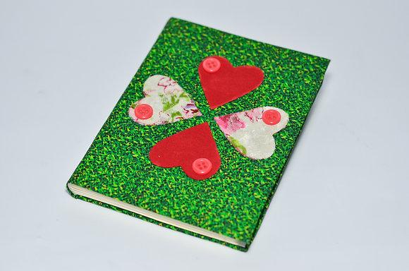 Caderno Artesanal Trevo Coração Média