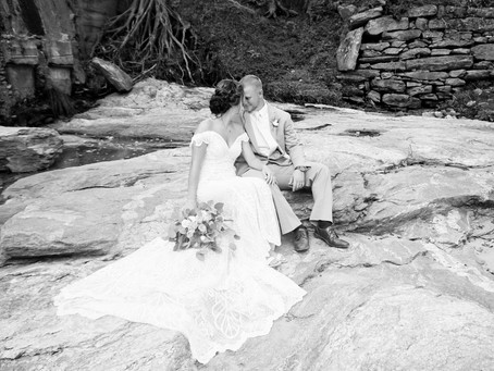 11 OF MY FAVORITE BRIDE AND GROOM POSES