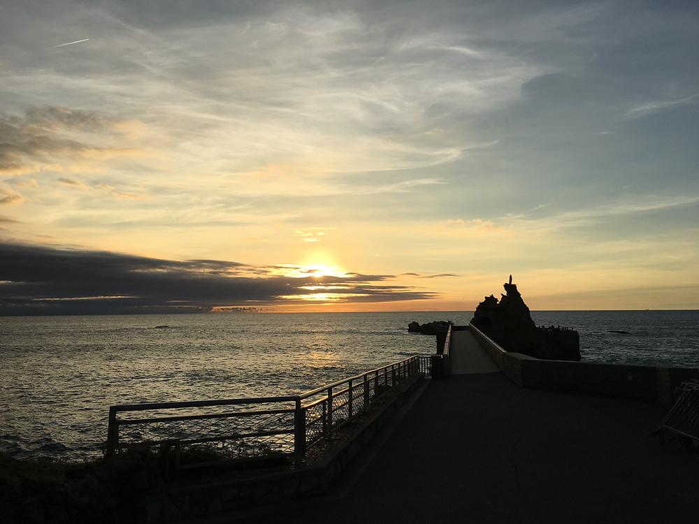 Coucher du Soleil depuis le Rocher de la Vierge.