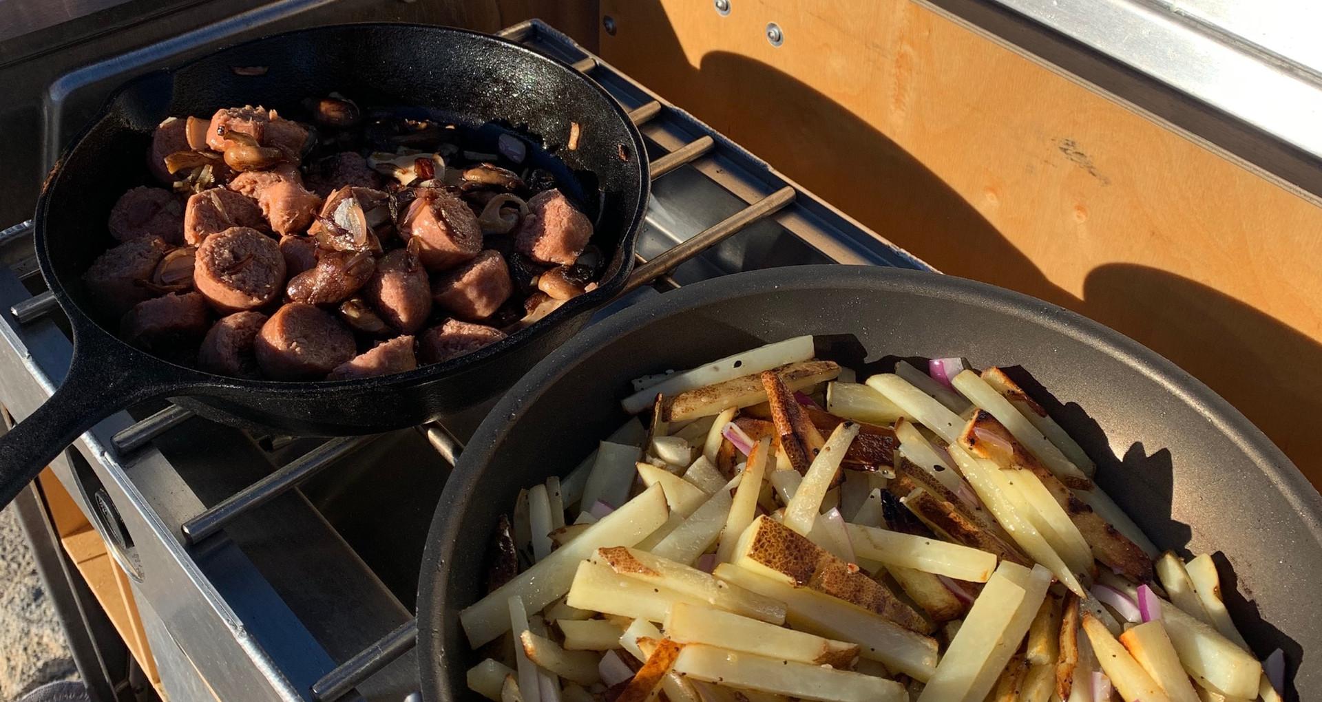 Camp cooking Kanz outdoors kitchen