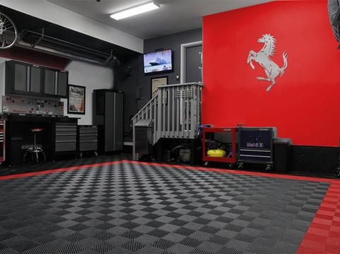 Ferrari Pranching Horse
