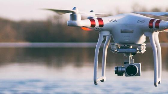 Droni: dal 15 dicembre l'assicurazione diventa obbligatoria.