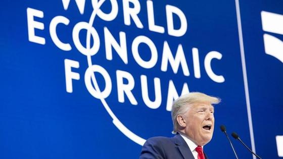 Trump e il boom dell'economia statunitense: i numeri letti sotto una lente di ingrandimento.