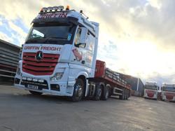 Moffett Truck