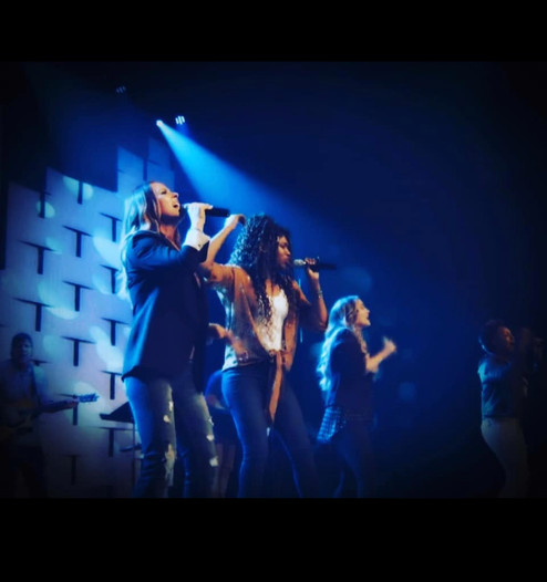 Mia's Ministry MIA Worship Singer Ctr