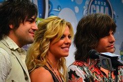 Band Perry Press Coverage