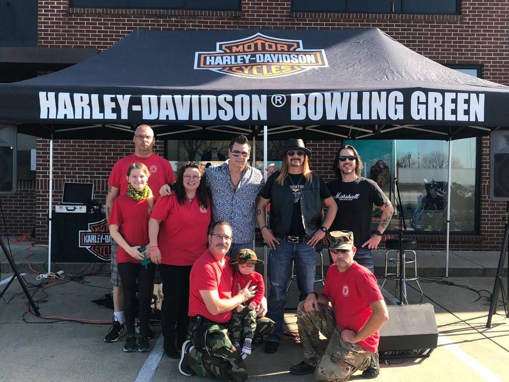 Kid Kentucky kid rock tribute at bowling