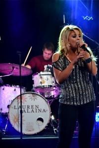 Nashville entertainment concert photography - Lauren Alaina-brian bayley_0225thumb.jpg