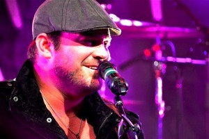 Nashville entertainment concert photography - Lee Brice by Brian Bayley 1283x600thumb.jpg