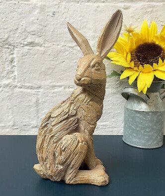 Leonardo Driftwood Sitting Hare