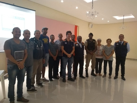 NUPDEC's - Defesa Civil em parceria com a Famocol, promovem palestra para associações de bairros.
