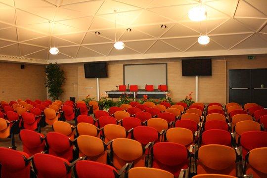 phoca_thumb_l_16 - auditorium